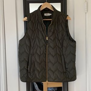 Vineyard vines Womens quilted puffer vest